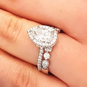 Clic Halo Delicate Pave Band Engagement Rings