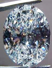 example of oval diamond with bowtie