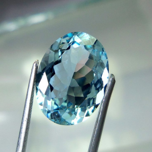 March Birthstone of the Month: Aquamarine