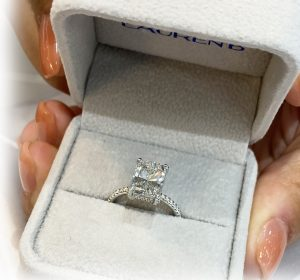 radiant cut diamond ring image