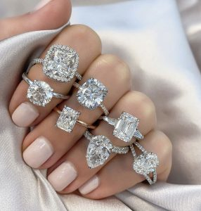 6 Things You Need To Know Before Buying An Engagement Ring