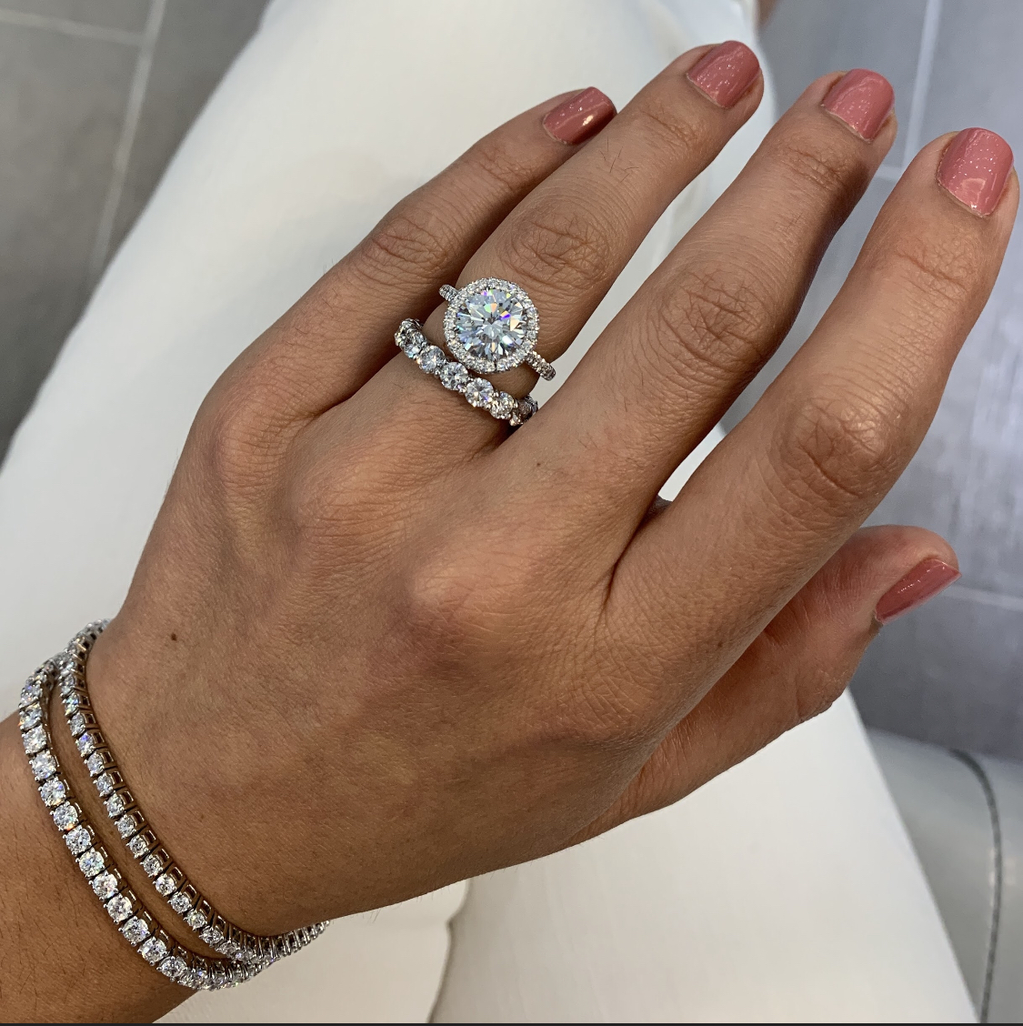 Best Engagement Rings For Hands On Careers Jewelry Blog Engagement Rings Diamonds Lauren B